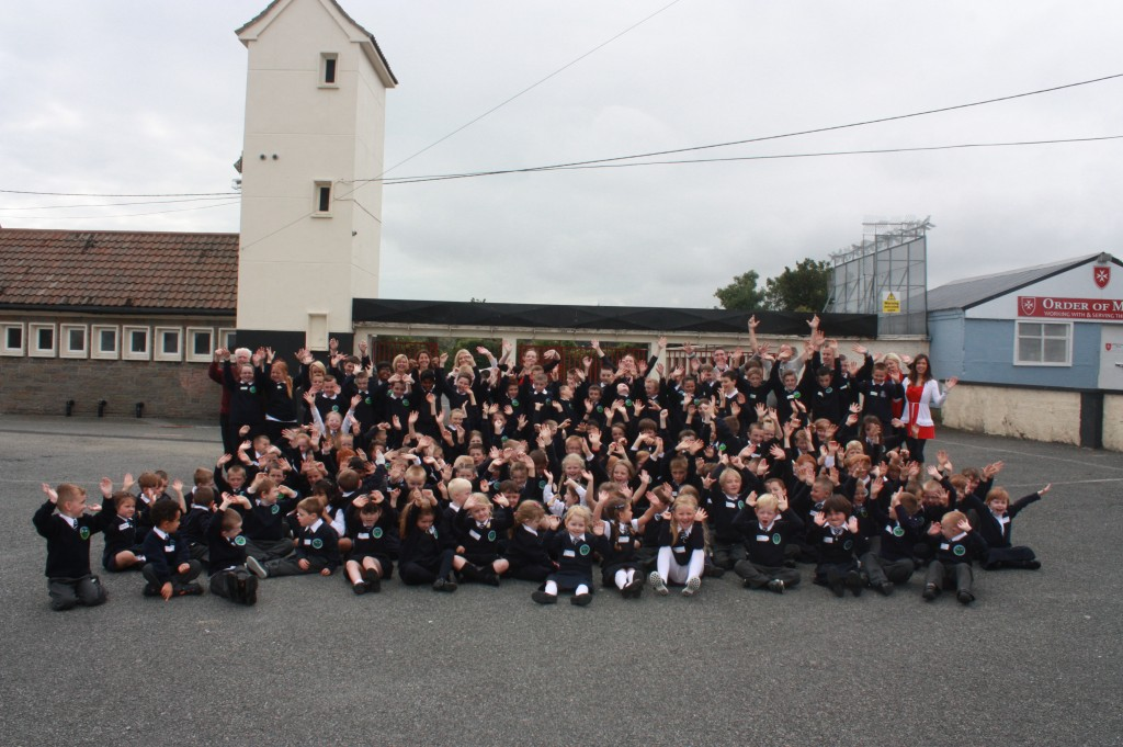 The 2014-2015 line-up, with over 60 new pupils, including infants and girls!